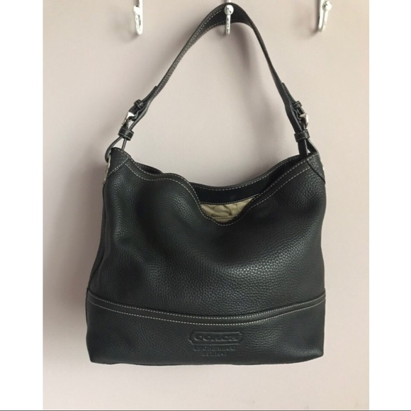 a19ca54f252 Coach Bags   Black Pebbled Leather Tote Shoulder Bag   Poshmark